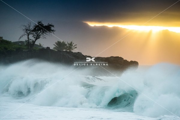 Shorebreak von Waimea